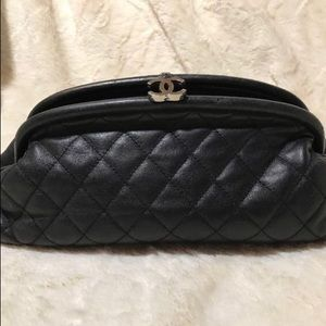CHANEL Black Lambskin Quilted Timeless Clutch